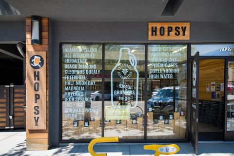 Get growlers of beer from local breweries <a href='https://sf.hopsy.beer/' target='_blank' rel='nofollow noopener noreferrer'>delivered</a> straight to your door.