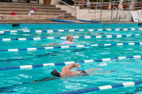 Dive into the <a href='http://www.ci.piedmont.ca.us/recreation/pool.shtml' target='_blank' rel='nofollow noopener noreferrer'>community pool</a> and swim a few laps in the crisply marked lanes.