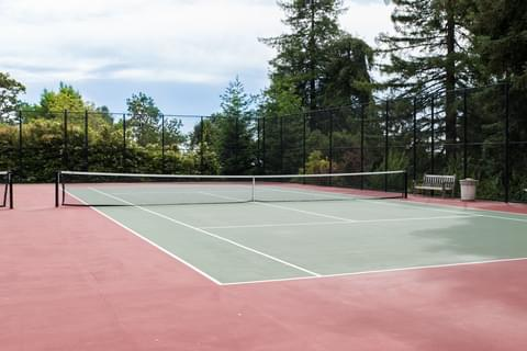 Tennis fans will love the many spacious courts throughout Piedmont.