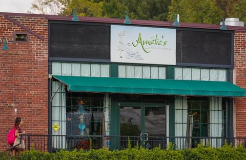 Amelie's French Bakery,