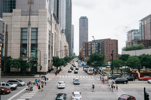Streeterville boasts some of Chicago's most famous attractions—Michigan Avenue, Navy Pier, the John Hancock Building—as well as famous shops and pricey restaurants that attract millions of tourists every year.