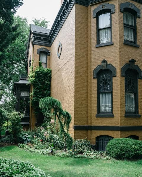 """Humboldt Park is a vibrant neighborhood with many single-family home options for renters, and a sprawling 200-acre park for which it's named. To many, Humboldt Park is in contention to be Chicago's next """"it"""" neighborhood."""