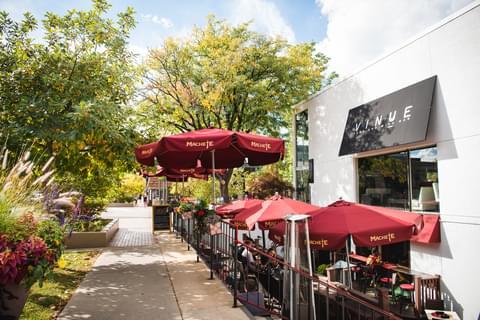 Vinue Food & Wine Bar,