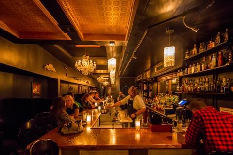 Detroit hookup bars