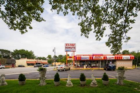 Elias Donuts Shop,