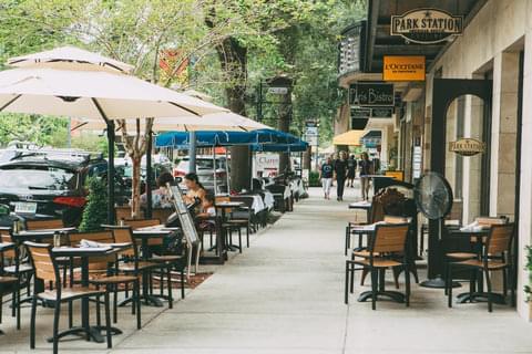 Sidewalk Eateries,