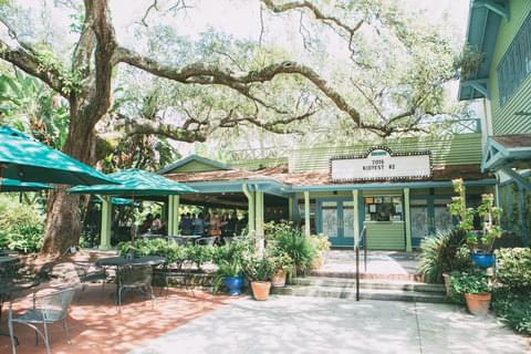 Artistic, engaged, and progressive Winter Park beckons to many of Central Florida's most creative residents, who enjoy the area's many galleries, boutiques, and farm-fresh markets year-round.